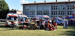 Wypadek na festynie. Czworo dzieci z hukiem runęło na ziemię