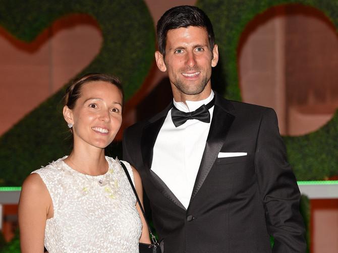 Najveći ZAVODNIK među teniserima PREDUGO GRLIO NOVAKOVU JELENU, pa Nole BURNO REAGOVAO: Ovaj SNIMAK obilazi ceo svet!