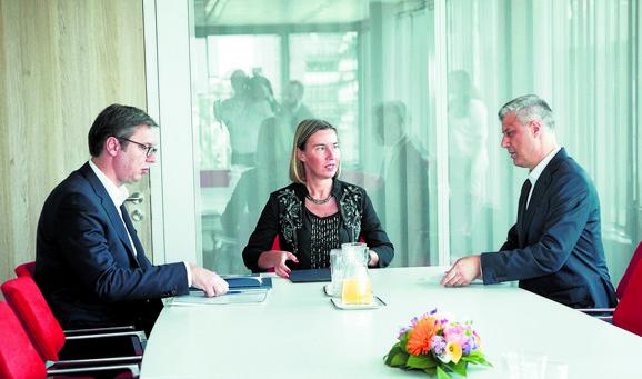 Briselski dijalog: Aleksandar Vučić, Federika Mogerini i Hašim Tači