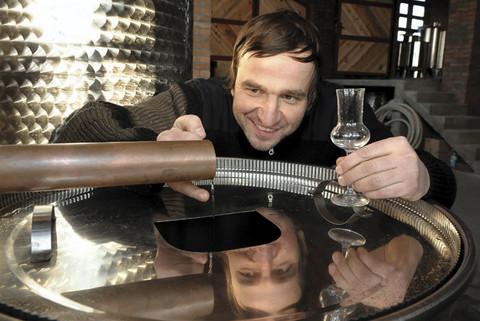Nenad Jezdić dobio tri zlatne medalje za rakije
