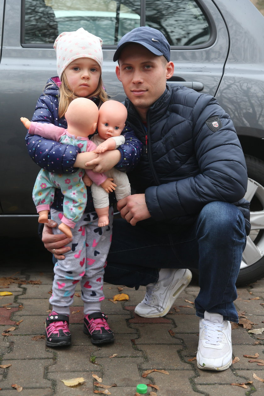 Michał Zwęgliński (27 l.), tata 3-letniej Leny.