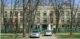 Seria zasłabnięć w warszawskiej szkole. Osiem uczennic w szpitalu