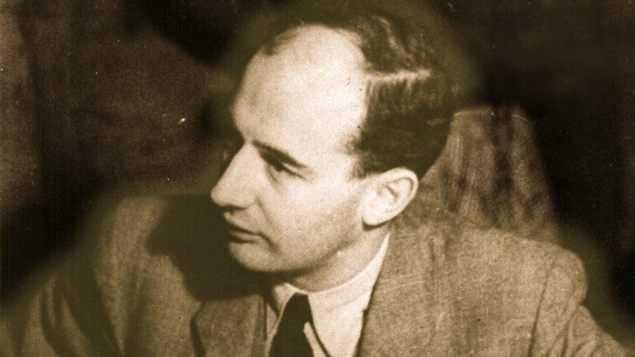 Raoul Wallenberg na fotografii z 1944 r.
