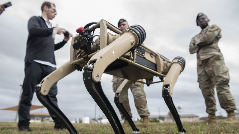 Psy-roboty w służbie US Army