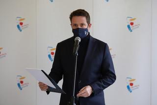 Trzaskowski apeluje do MEN o zaprzestanie retoryki szantażu