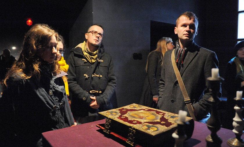 Kaplica z dziełami Nowosielskiego zostaje na Kanonicznej.