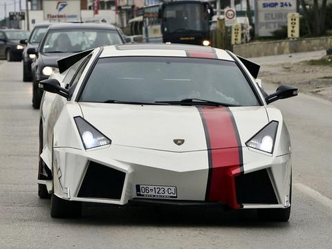 Lamborghini Reventon Ktore Powstało W Domowym Garażu Moto
