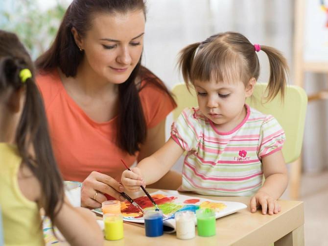 Primetili ste da vaše dete greši pri određivanju boja voća ili odevnih predmeta? Evo šta treba da radite