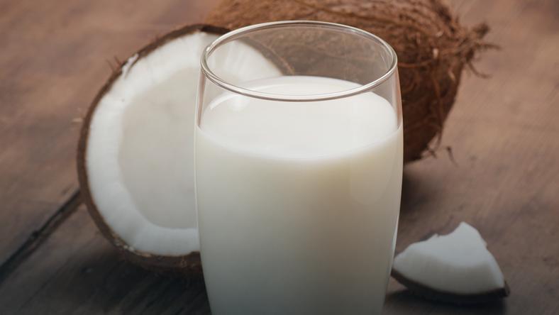 Mleko kokosowe – właściwości, zastosowanie, kalorie