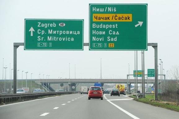 Horizontalna I Vertikalna Signalizacija Bez Njih Bismo Na Auto Putu Bili Izgubljeni