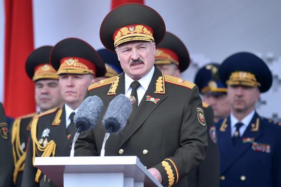 Hapsi protivnike na izborima: Aleksandar Lukašenko