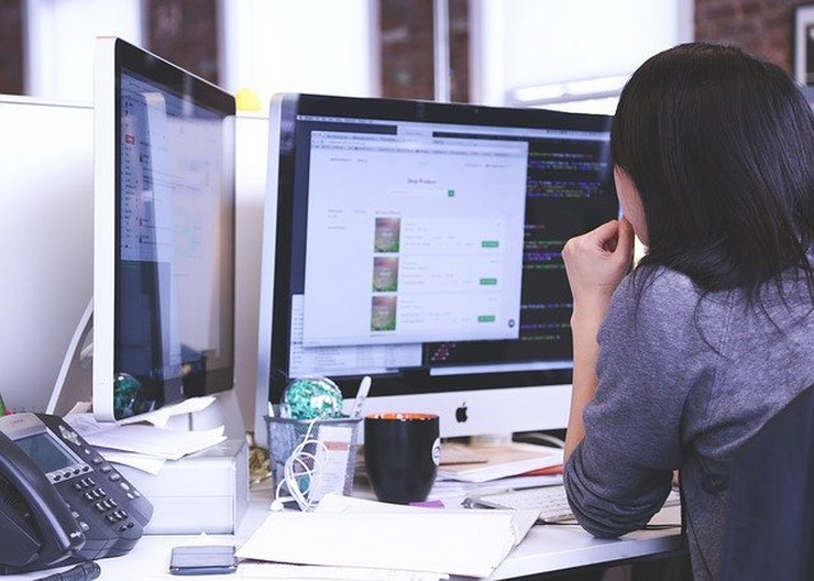 startup-849804 640 posao kancelarija