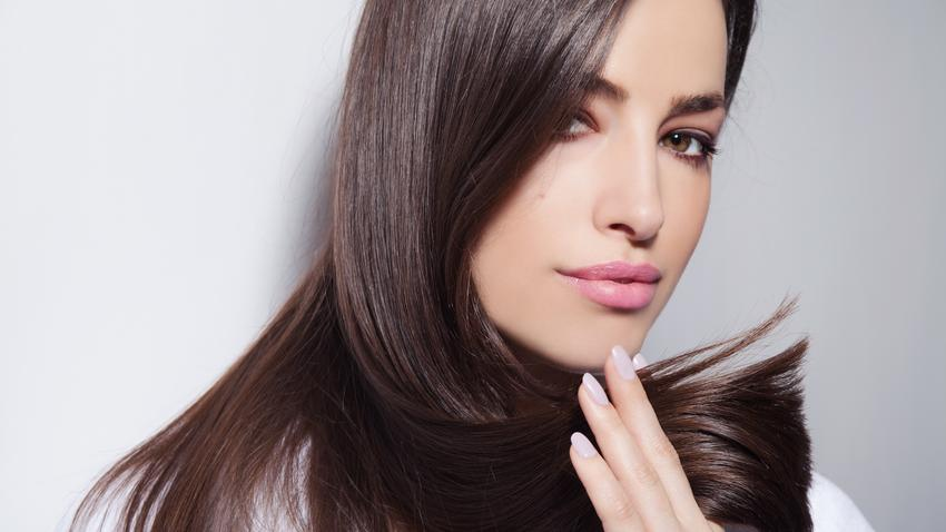 Jak Wygładzić Włosy Sposoby Na Puszące Się Włosy