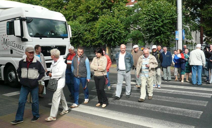 Protest przeciwko tirom w Konstantynowie Łódzkim