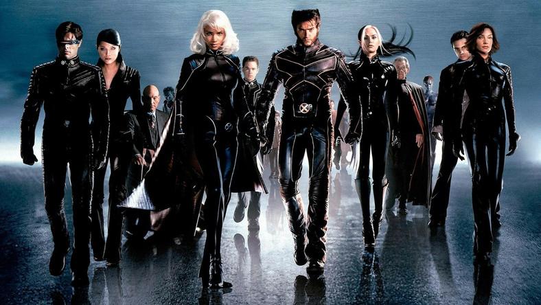 Tym razem wyzwanie X-Menom rzuci Bolivar Trask, genialny naukowiec, multimiliarder i – niestety – wredny psychopata, który postrzega mutantów jako zagrożenie dla ludzkości. Ich zagładzie mają posłużyć zatem gigantyczne roboty zwane Sentinelami
