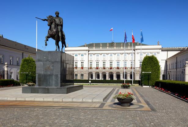 Zgodnie z ustawą o SN sędzia tego sądu może posiadać wyłącznie obywatelstwo polskie.