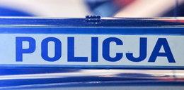 Ostrzem siekiery uderzył policjanta w głowę