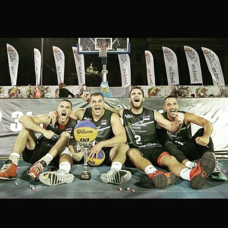 Master team Zemun