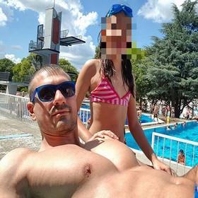 Igor X sa mlađom ćerkom