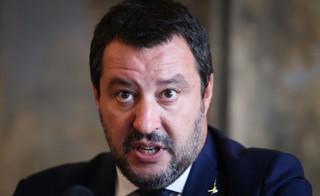 Były wicepremier Salvini stanie przed sądem za przetrzymywanie migrantów