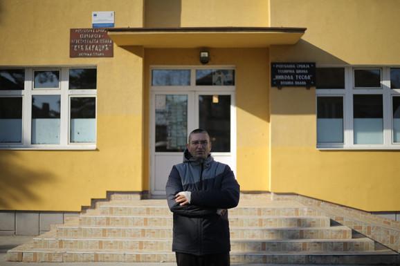 Slavoljub Stojadinović razoružao je napadača iz škole u Velikoj Plani