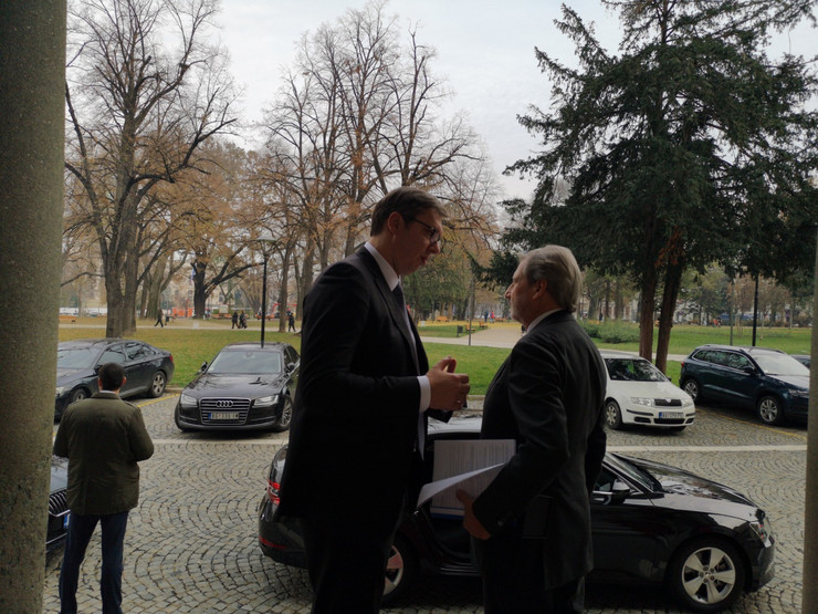Johanes Han, Aleksandar Vučić, sastanak