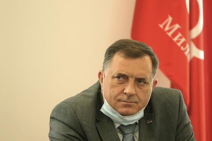 milorad-dodik-lider-snsd-04