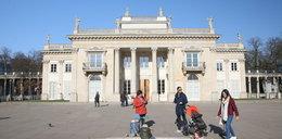 Zwiedzaj królewskie rezydencje za darmo