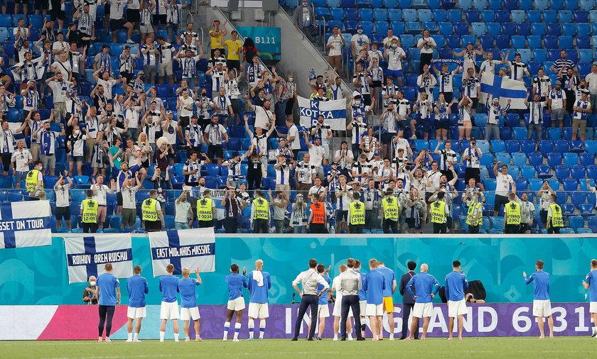 Co najmniej 300 fińskich kibiców zarażonych po Euro 2020.