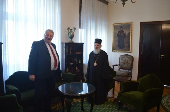 Patrijarh Irinej i Vojislav Šešelj