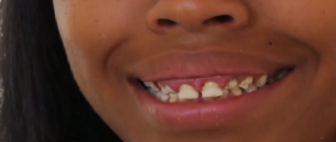 U emisiji koju možete pogledati na Youtube-u, Tajrika je skupila hrabrost i pokazala zube