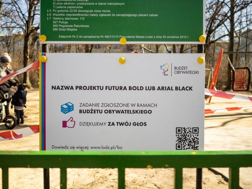 Zabawny błąd na tablicy w parku im. Staszica