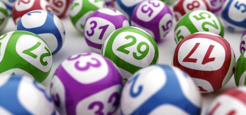 Znalazł system, by wygrywać? Uzdolniony matematyk wygrał 14 razy na loterii. Zainteresowało się nim FBI