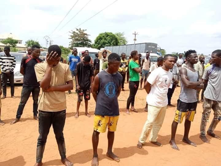 Some of the suspected cultists terrorising the Ifo and Sango-Ota areas of Ogun state. [@mr_adunbarin]