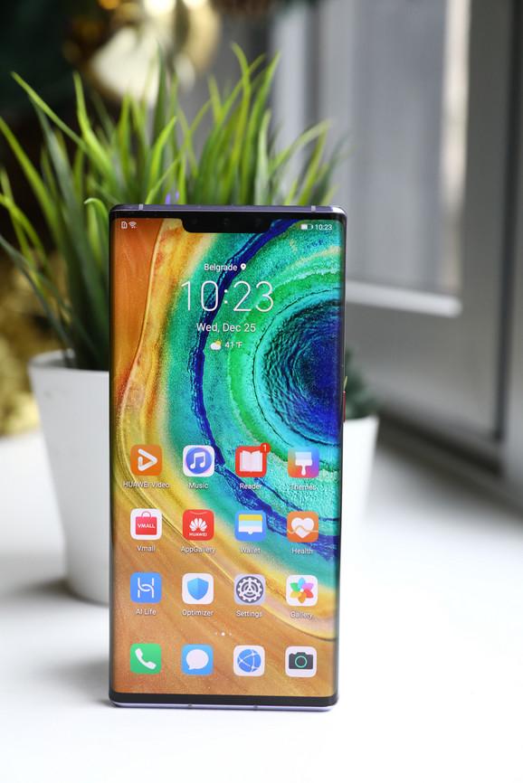 Mate 30 Pro ima AMOLED ekran sa Gorilla Glass 6