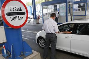 APSURD: MUP izdaje našim vozačima papir koji u Evropi ne važi pa na granici OSTAJU BEZ TABLICA