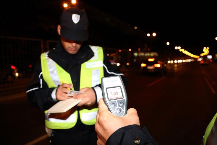 Policija kontrolise saobracaj_021015_RAS Foto Milorad Milankovic (18)_preview