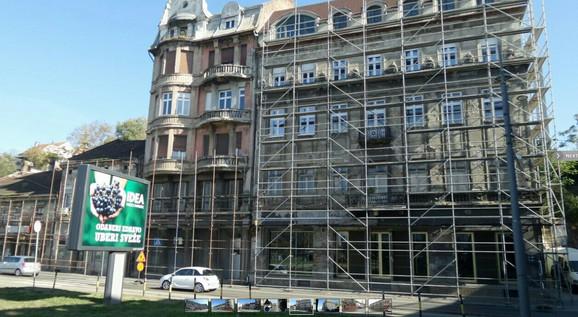 Sređivanje zgrada u Karađorđevoj ulici