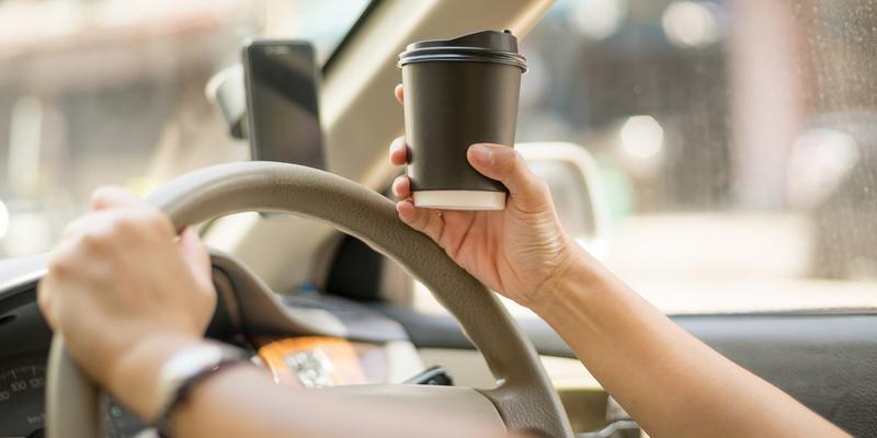 Jaką kawę pić w podróży samochodem