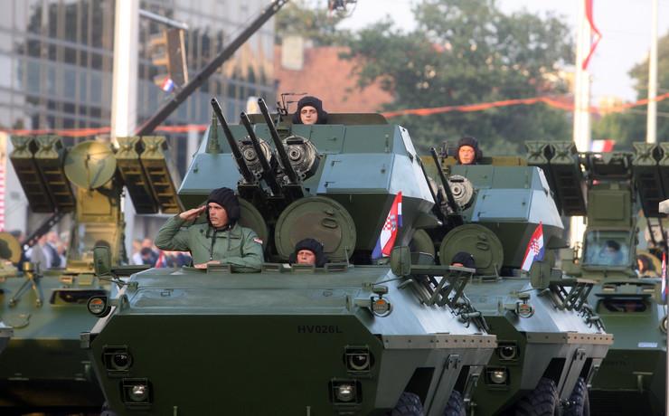 hrvatska vojska parada
