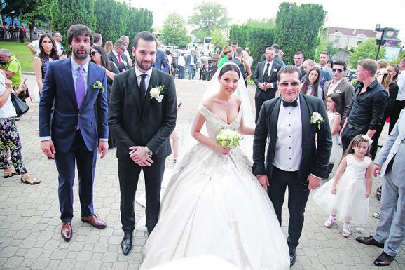 Aleksandra Prijović sa kumom Acom Pejovićem, Filip Živojinović sa kumom Milošem Teodosićem