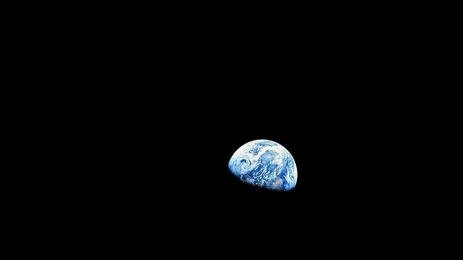 Ziemia widziana z orbity Księżyca podczas misji Apollo 8, 24 grudnia 1968 r