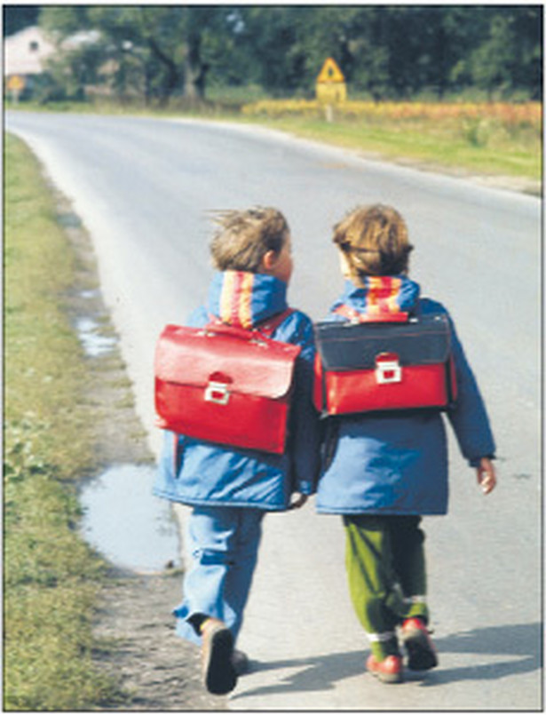 Do szkoły będzie coraz dalej Fot. Jan Morek/PAP