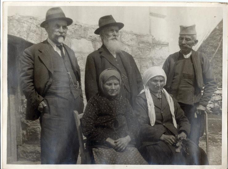 NOVA VAROS 05 Narodni tribuun prota Cedomir Cakarevic,u sredini,1930 godine, foto privatna arhiva