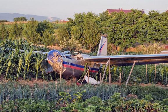 Letelica pala u Prijedoru: Pilot i kopilot sportske jedrilice prošli BEZ TEŽIH POVREDA