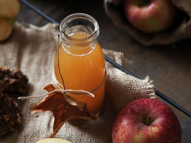 Ako svakodnevno pijete jabukovo sirće, moglo bi da vam se desi OVIH 5 STVARI: Nisu sve baš tako dobre!
