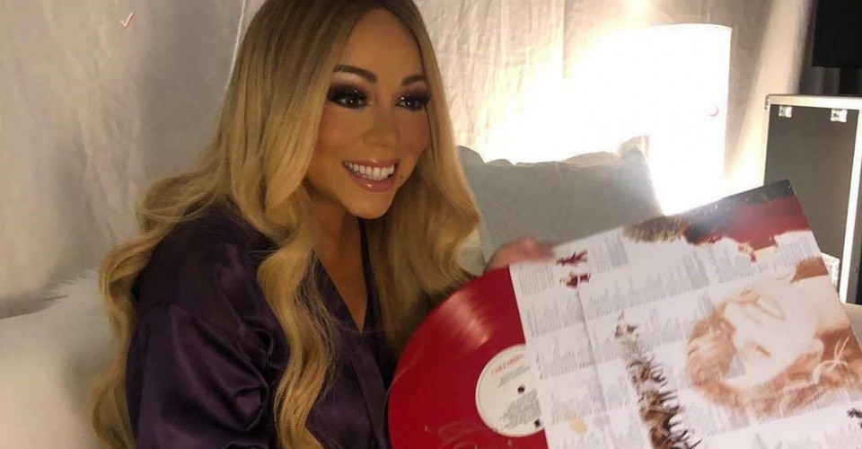 "Mariah Carey otwiera sezon na ""All I want for Christmas"" zabawnym filmem na Twitterze"