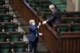 PiS złożyło wniosek o przystąpienie do trzeciego czytania projektu ustawy dot. walki z epidemią, opozycja zapowiada poprawki