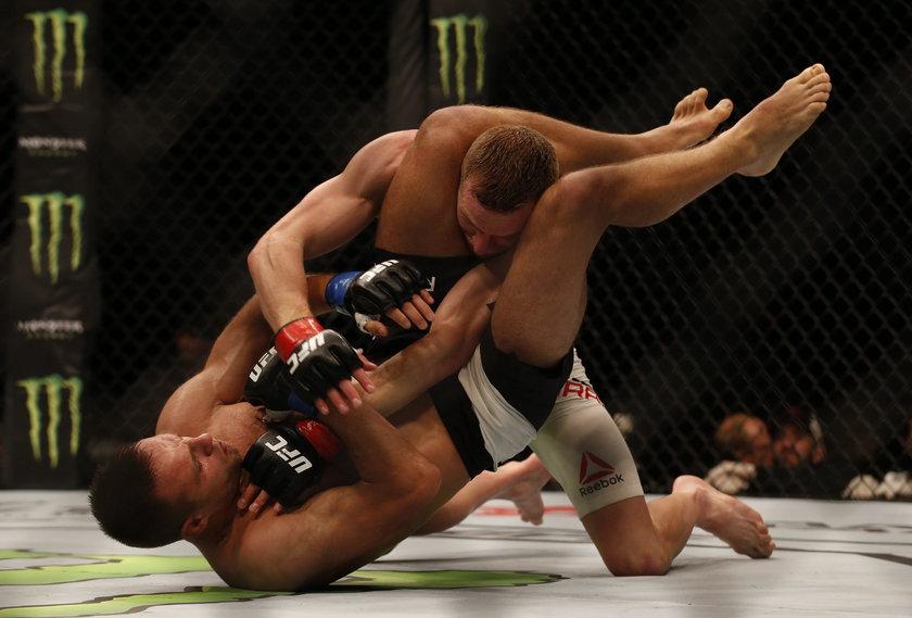 Damian Stasiak złamał rękę Daveyowi Grantowi. Porażka Omielańczuka
