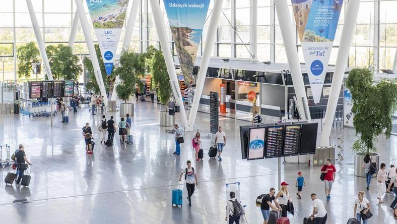 Przez pierwszych sześć miesięcy 2017 roku wrocławskie lotnisko obsłużyło prawie 1,3 mln podróżnych